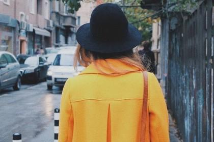 coat_yellow