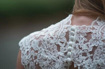 lace_back